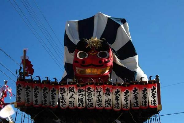 大獅子ではありませんが、前回の大祭より (薩川�宏)