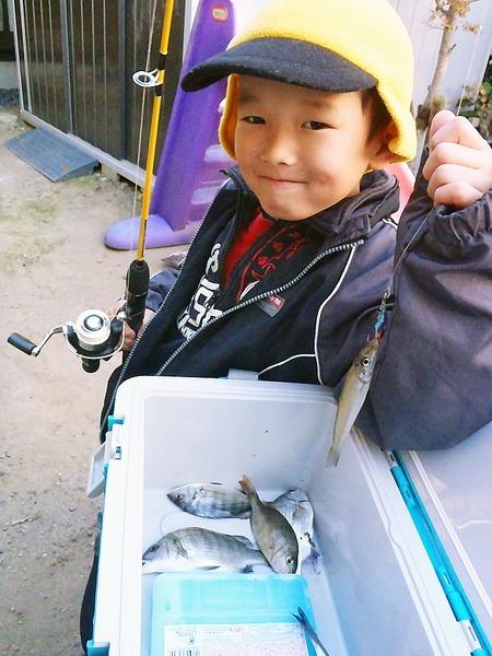 「アッ!釣れた大漁だよ」  杉田日出子