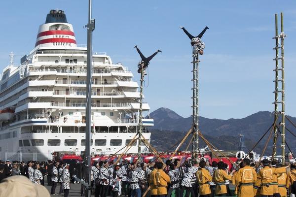 「清水港で出初式」  吉川 正宏
