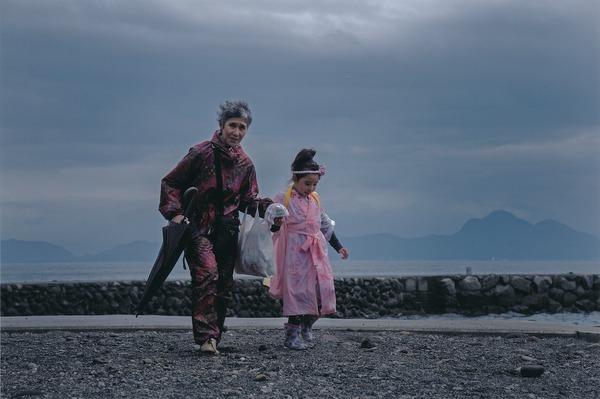 「 雨も上がって」  山本 田鶴子