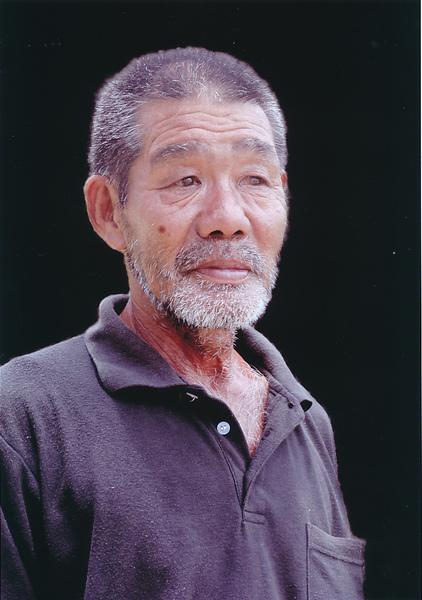 「島の住民」  諸伏 敏昭
