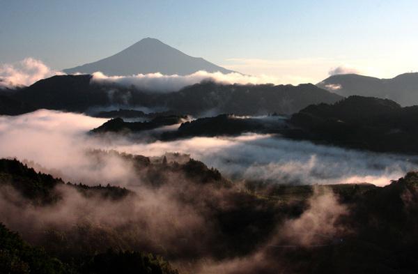 「雲海と富士山」 薩川高宏