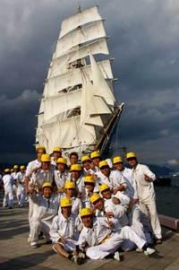 清水港開港110周年・帆船「日本丸・海王丸」同時入港