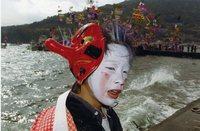 カラー写真の部 特選「寒い大瀬祭り」 久保山佳明